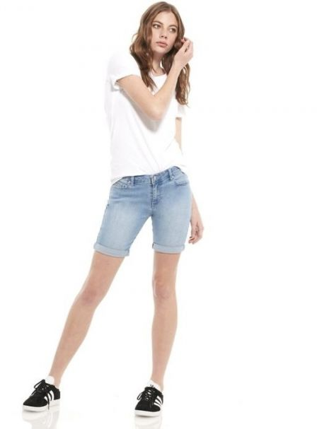 Riders By Lee Ladies Mid-Thigh Denim Jean Shorts in Cascade Blue