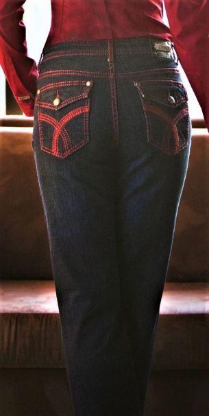 Tru Luxe Ladies Savannah Mid-Rise Straight Leg Denim Jeans in Indigo Wash